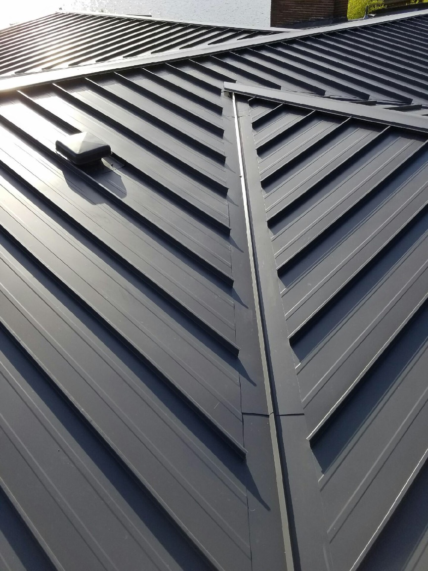 Kirkland Standing Seam Metal Roof Pinnacle Roofing