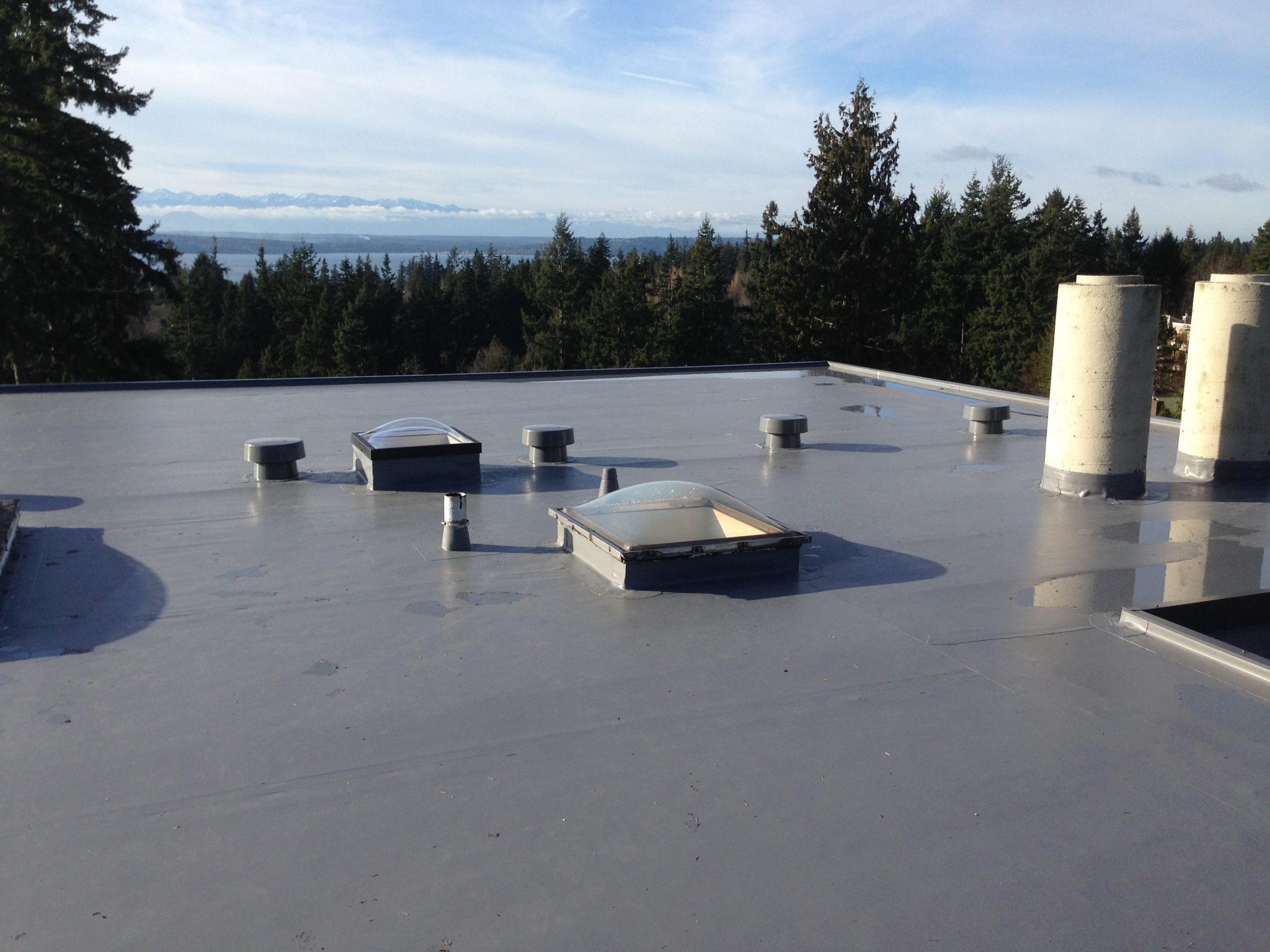 Shoreline Flat Roof Project Pinnacle Roofing